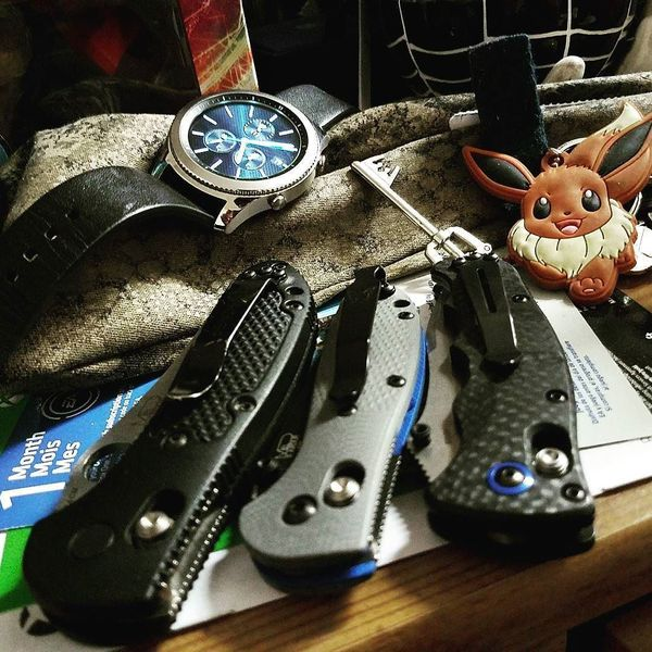Benchmade - As time moves on, making it this far to support everything I have a fancy for. And moving on to bigger and better things. #benchmade #samsung #eevee...