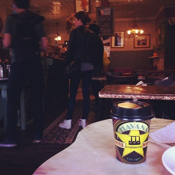 COFFEEUFEEL - Drinking Havana X blend in Brooklyn New York. #havanacoffeeworks #havana #havanacoffee #wellington #pants